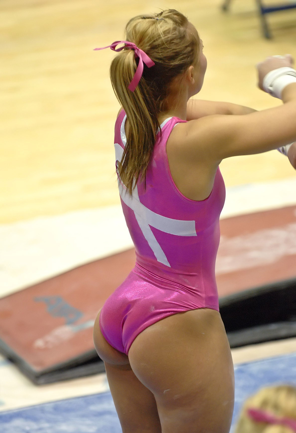 Gymnast booty - Booty of the Day