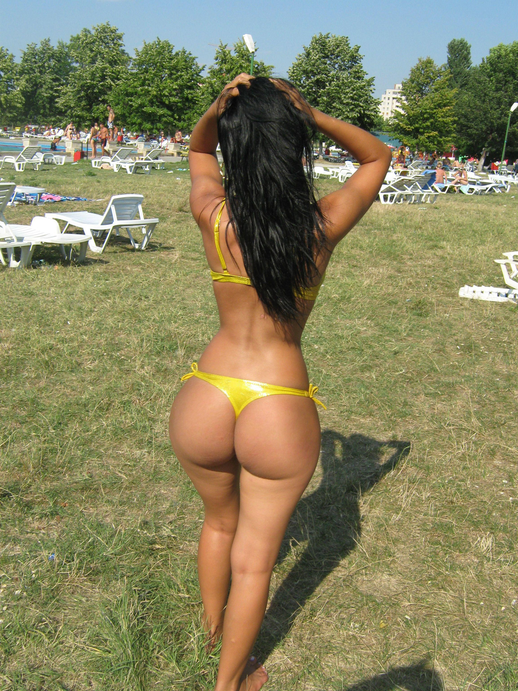 Big Yellow Ass 103