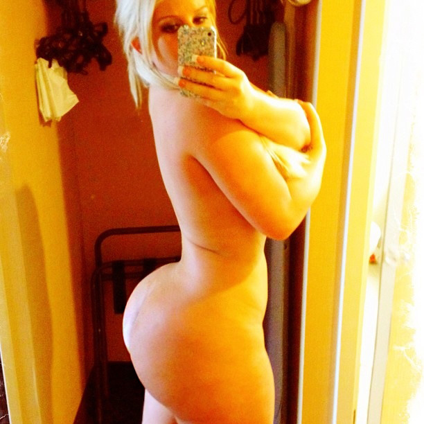big-booty-girls-self-shot-naked