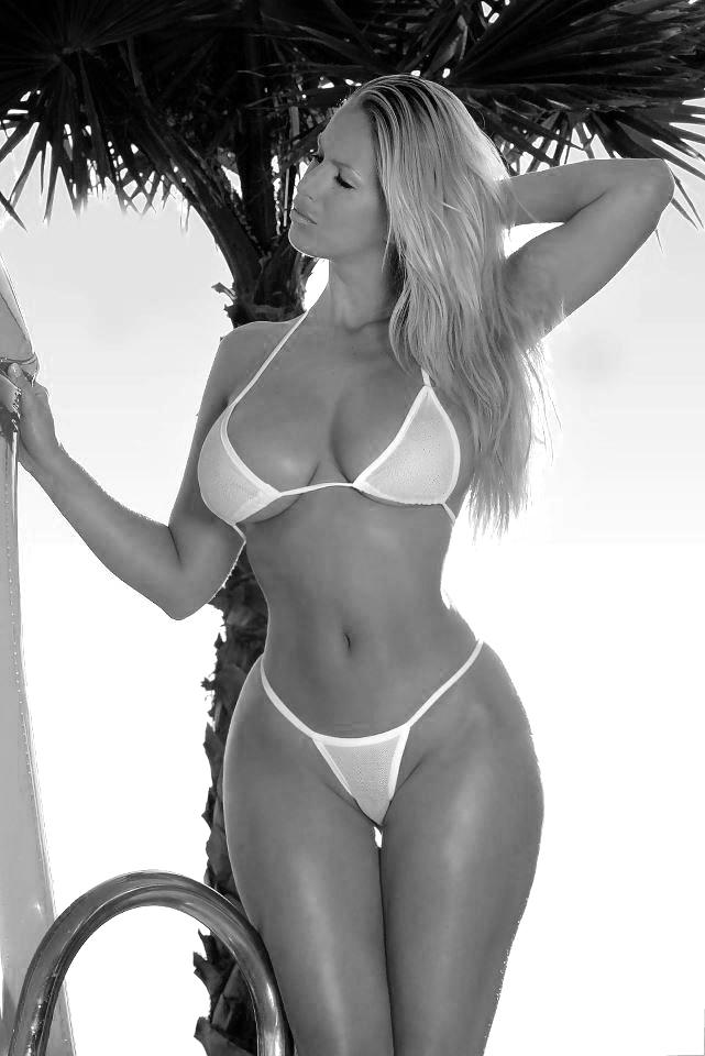 смотреть бесплатно порно фото телок в бикини
