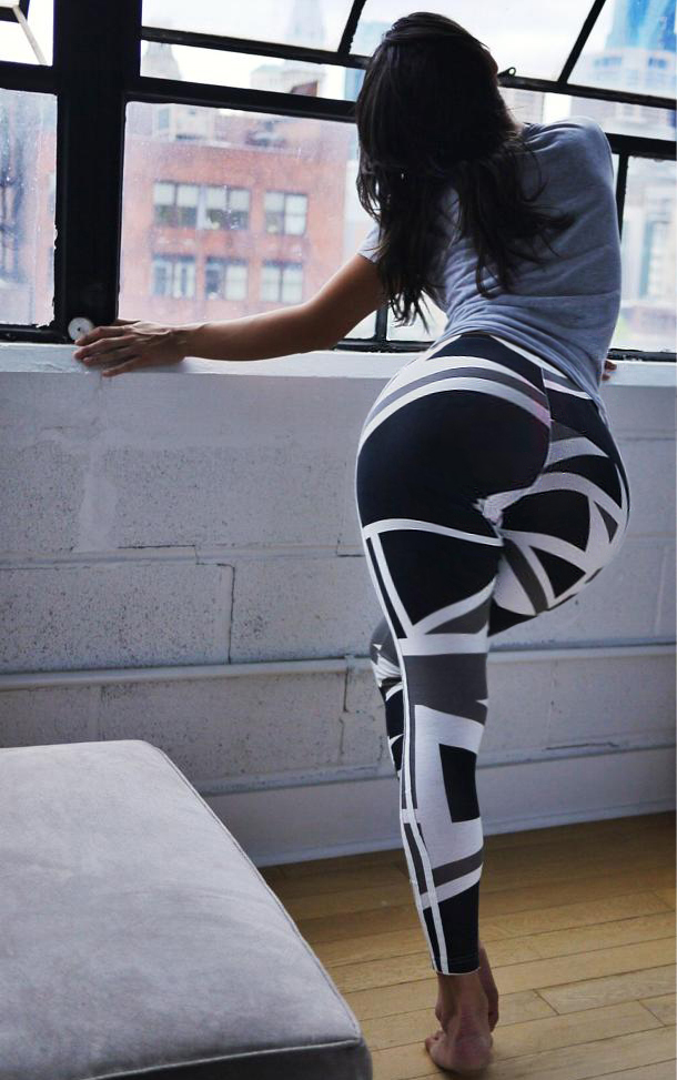 Sexy big ass in leggings