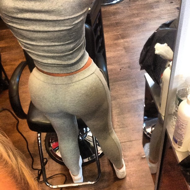 Big Booties In Yoga Pants