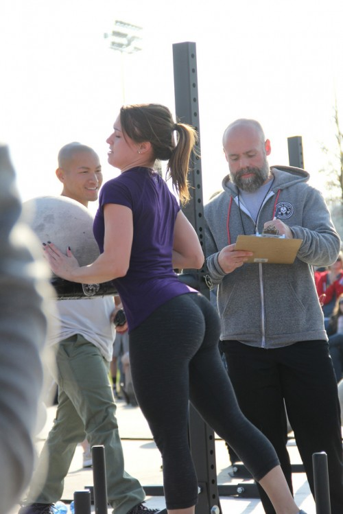 best-big-booty-in-yoga-pants-19