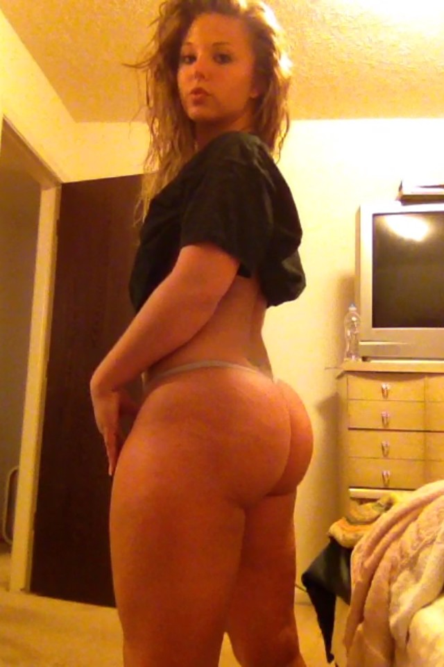 amateur nude Big white ass selfie