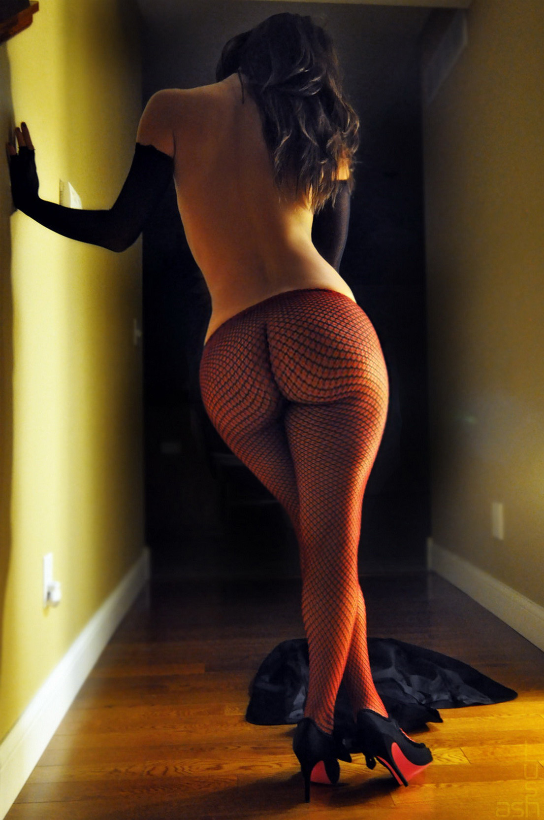 Booty in Fishnet - Booty of the Day