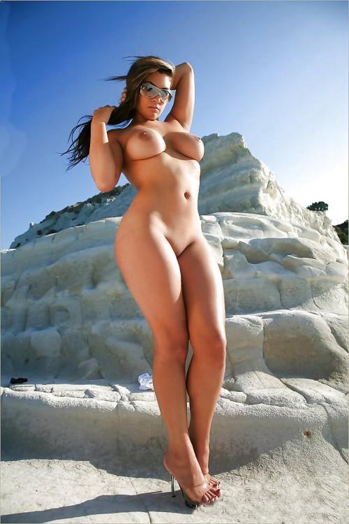 Women Naked Booty