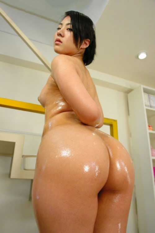 Ass naked big asian
