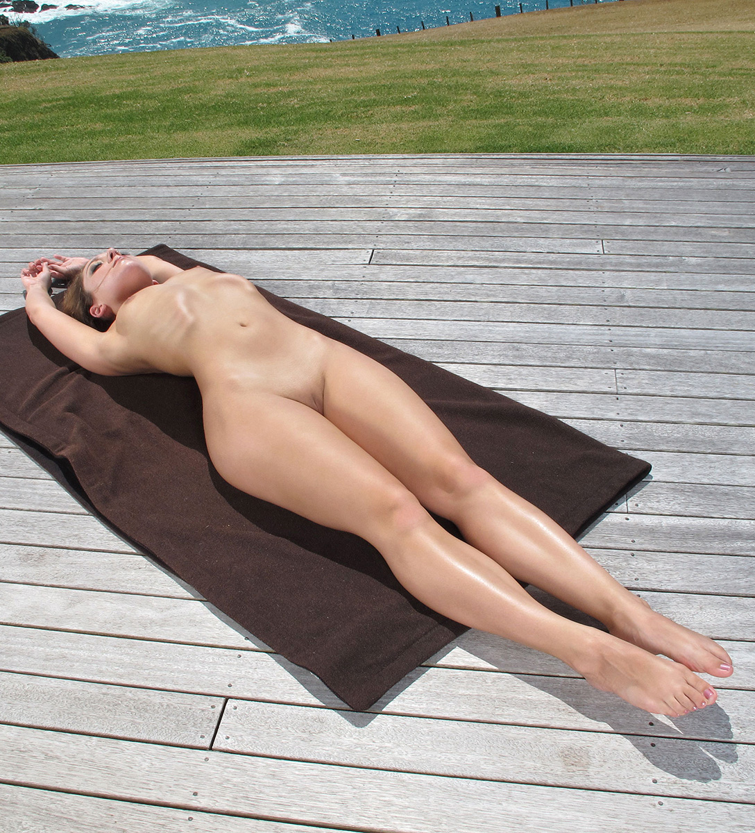 Amusing Nude yoga girl booty opinion obvious