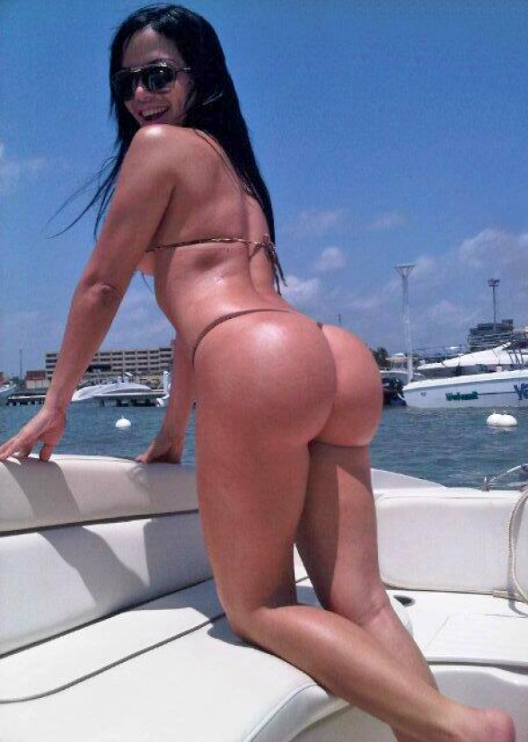Ass On Boat 96