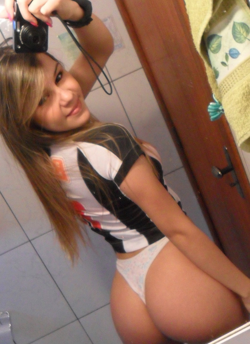 Rubia 18 feb adolescente amateur