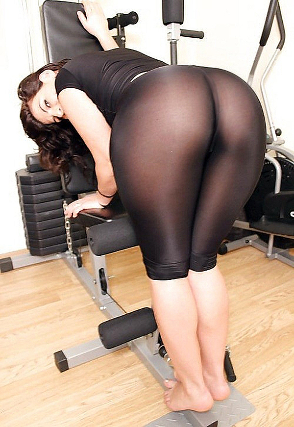 see-through-yoga-pants-ass