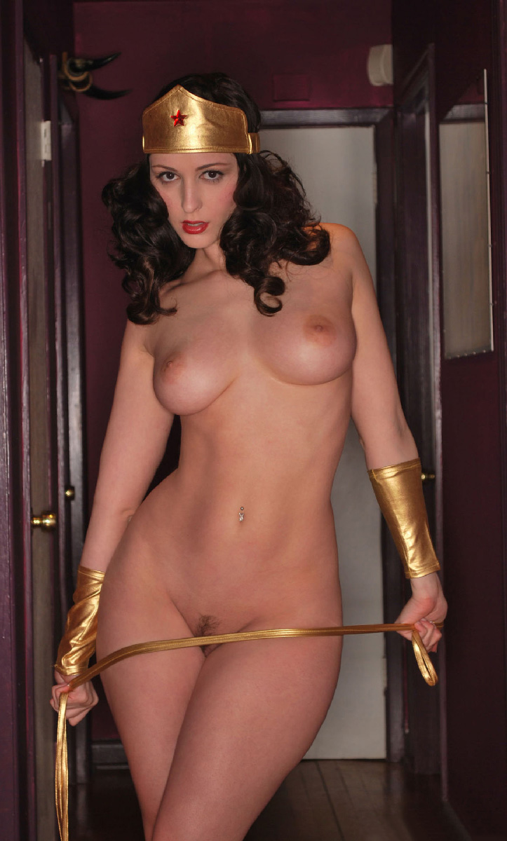 sexy-hot-naked-wonder-woman-pornstar-tori-stone