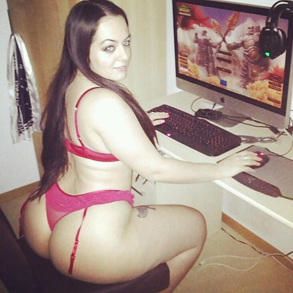 Gamer Girls-6864