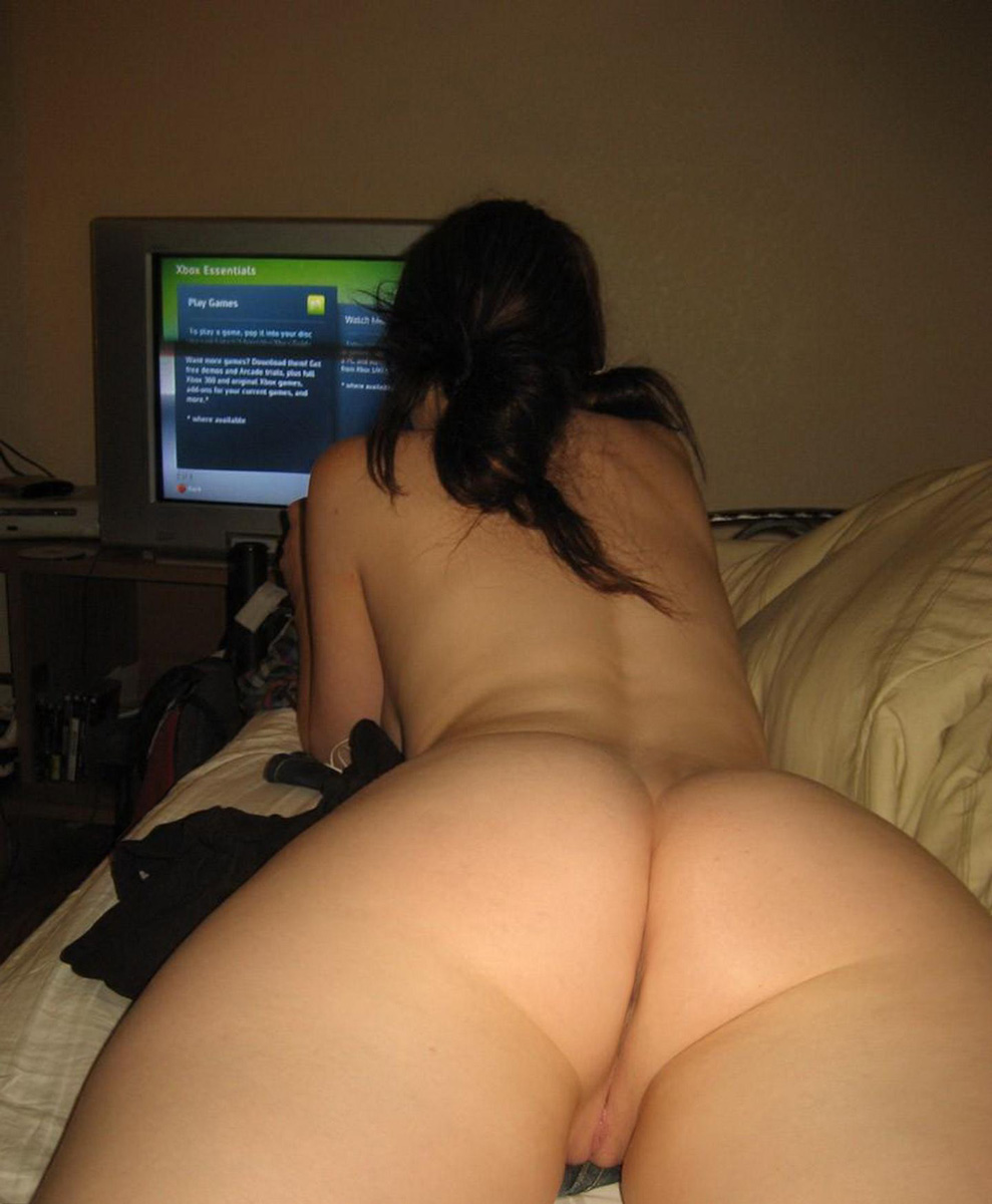 Naked Girls Playing Video Games