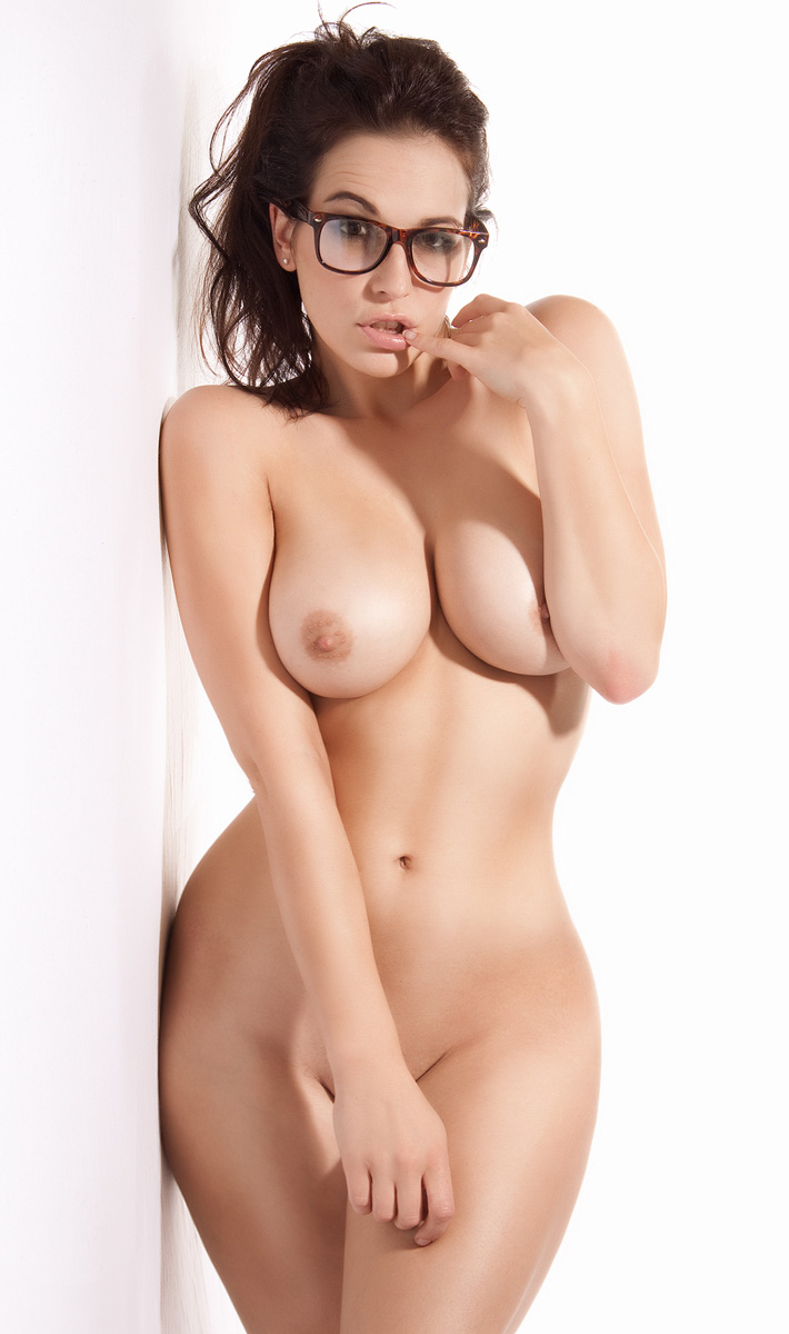 hot girl glasses naked