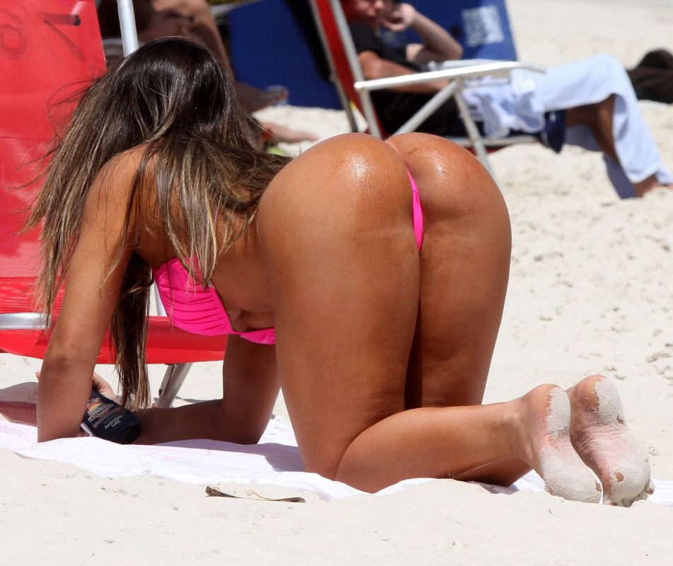 Beach Booties - Part 3 - Booty Of The Day-3229
