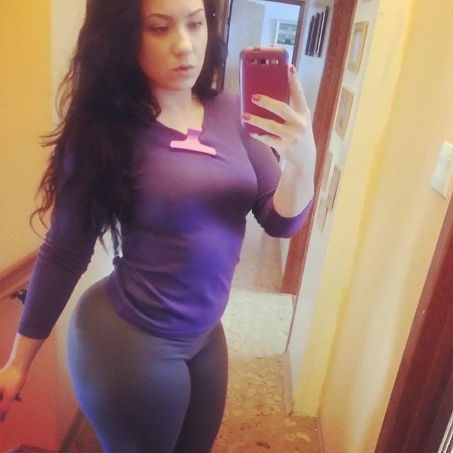 Big ass white bitch