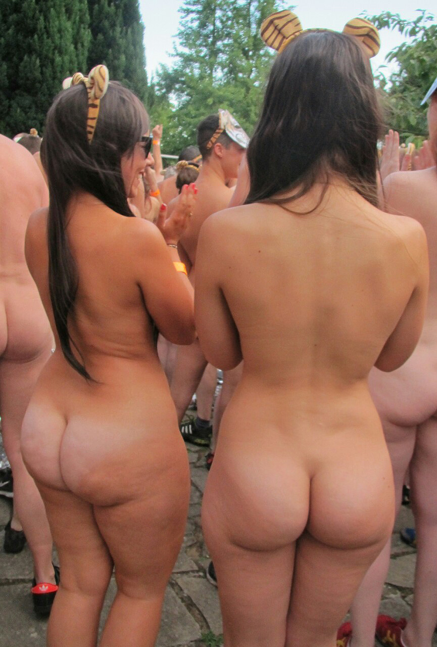 ass nudist nudist-convention-booty