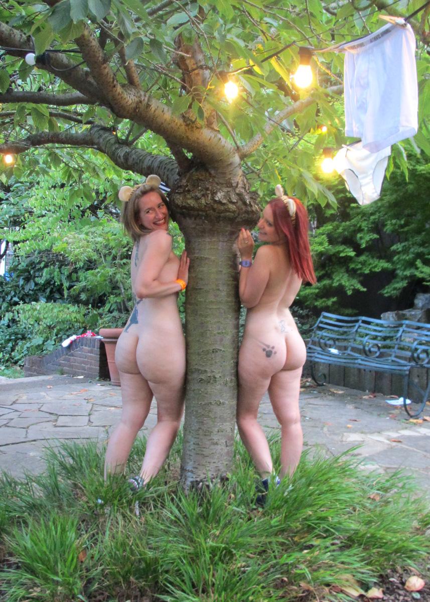 Sexy pornstar nude pussy