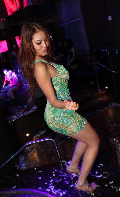 club-girls-party-girls-strippers-4