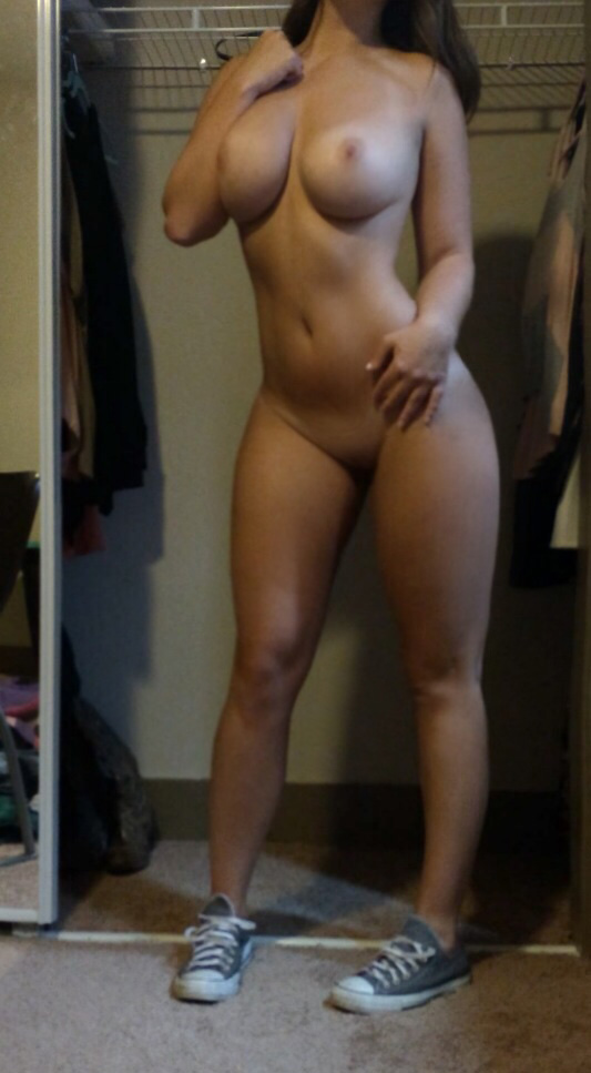 Sexy thick fit girls nude