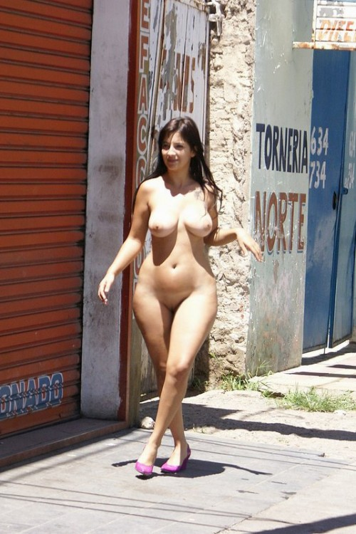 Sexy Nude Women In Public