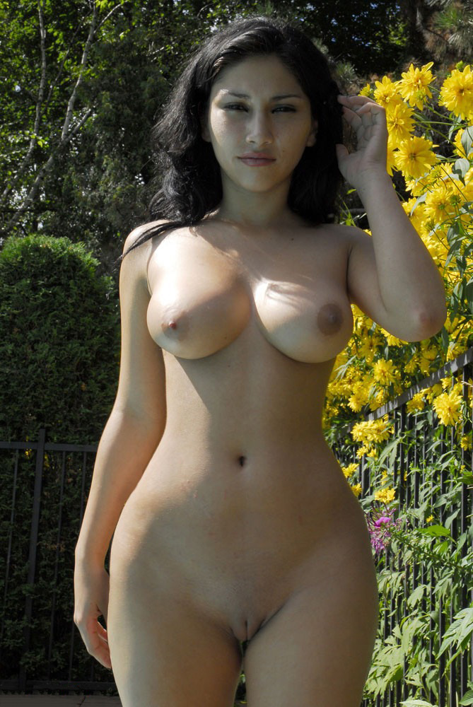 middle eastern models female naked