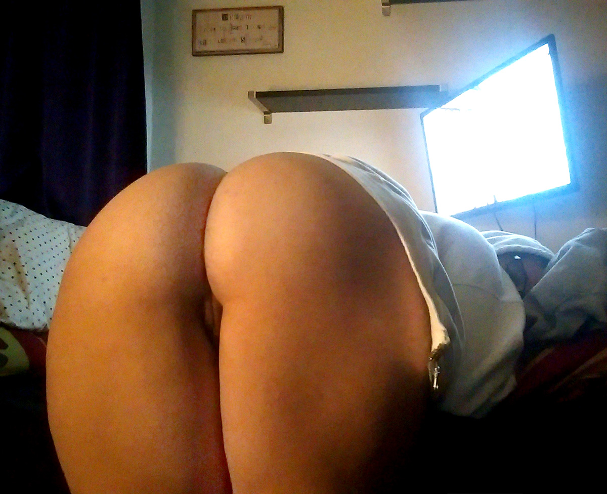 bent over booty on the bed