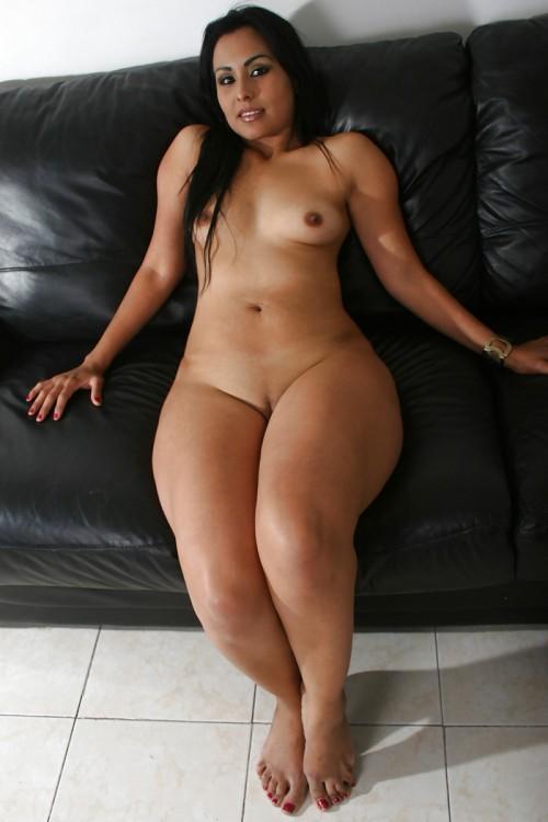 Thick big booty gym slut squirting 1