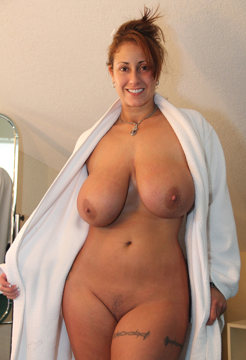 Mom beautiful naked milfs body!!