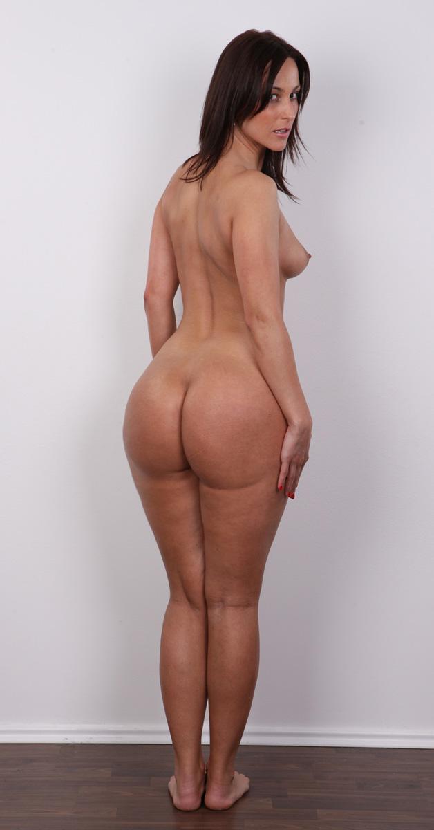 Romana and a huge dildo