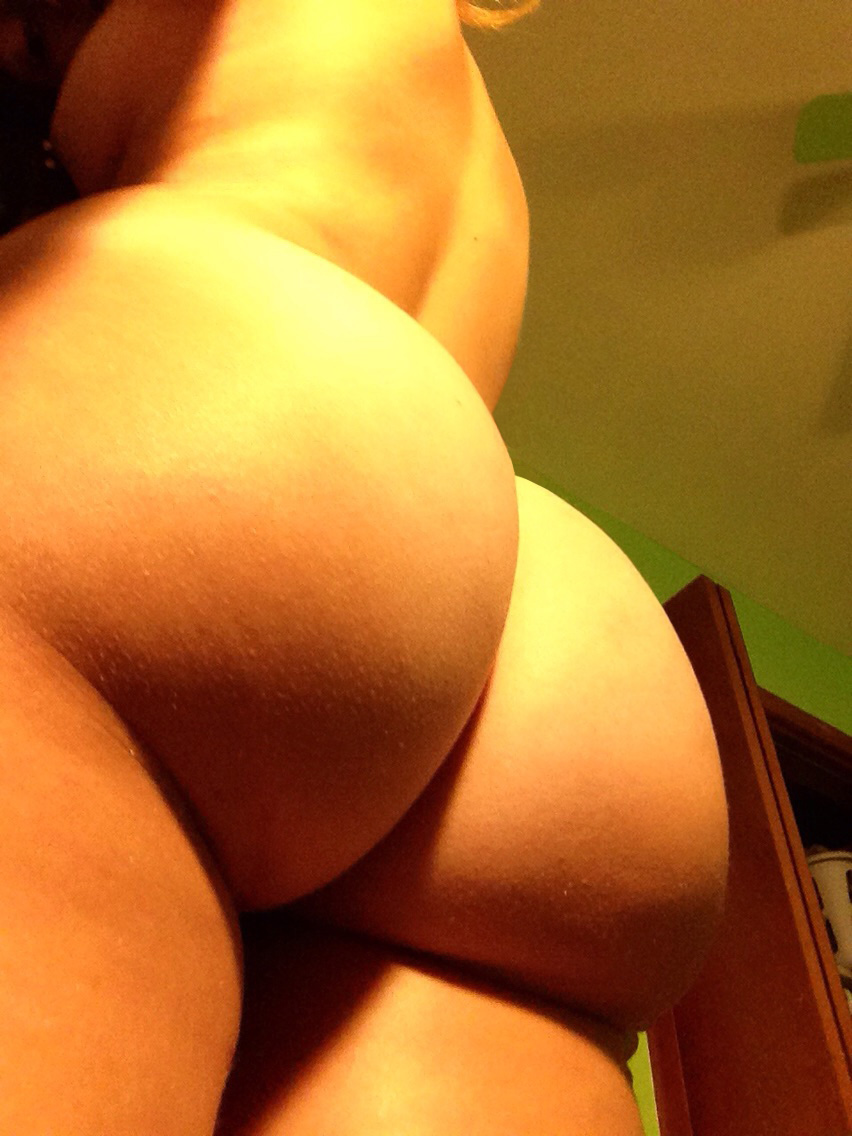 Nude booty self pics sexy ass, star of the porn movie flashback