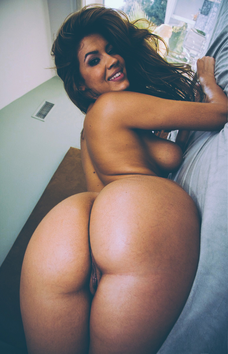 Big Booties In Bed  Part 8-2793