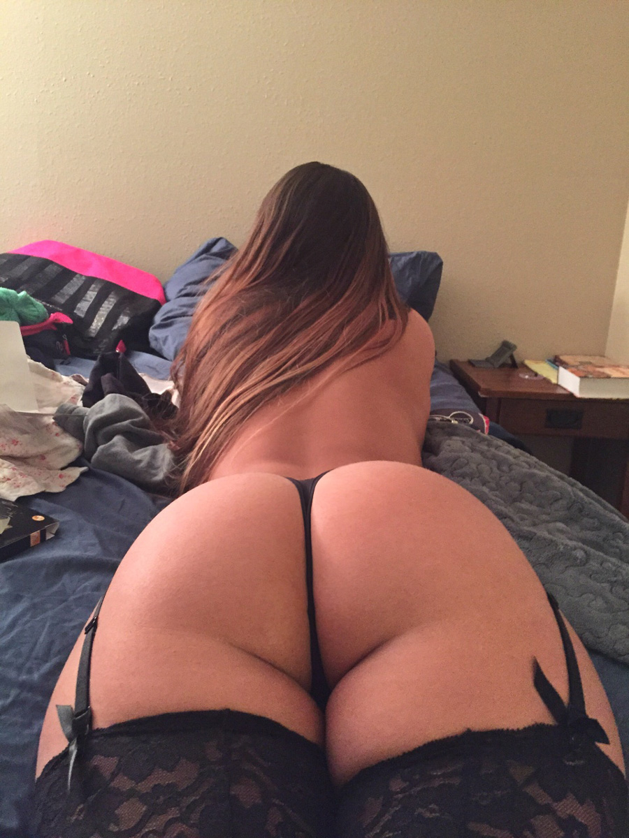 Big Booties In Bed  Part 8-5372