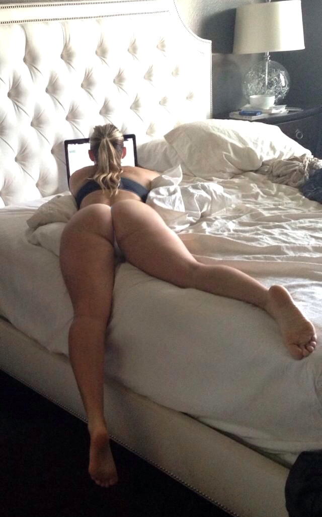 Big Booties in Bed - Part 8 - Booty of the Day