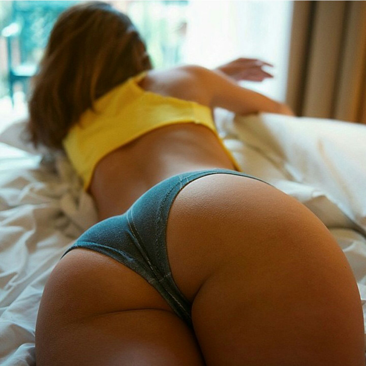 Big Booties In Bed  Part 9-3560