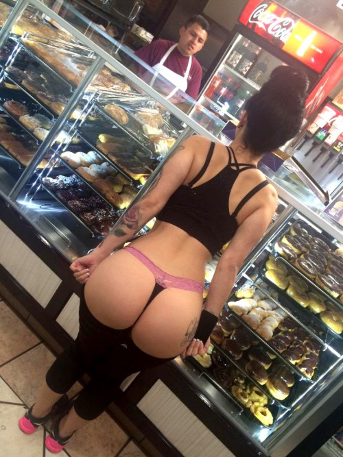 donut-shop-booty