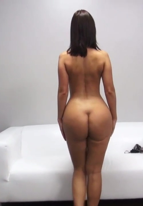 Czech Simona Turns Around - Booty of the Day