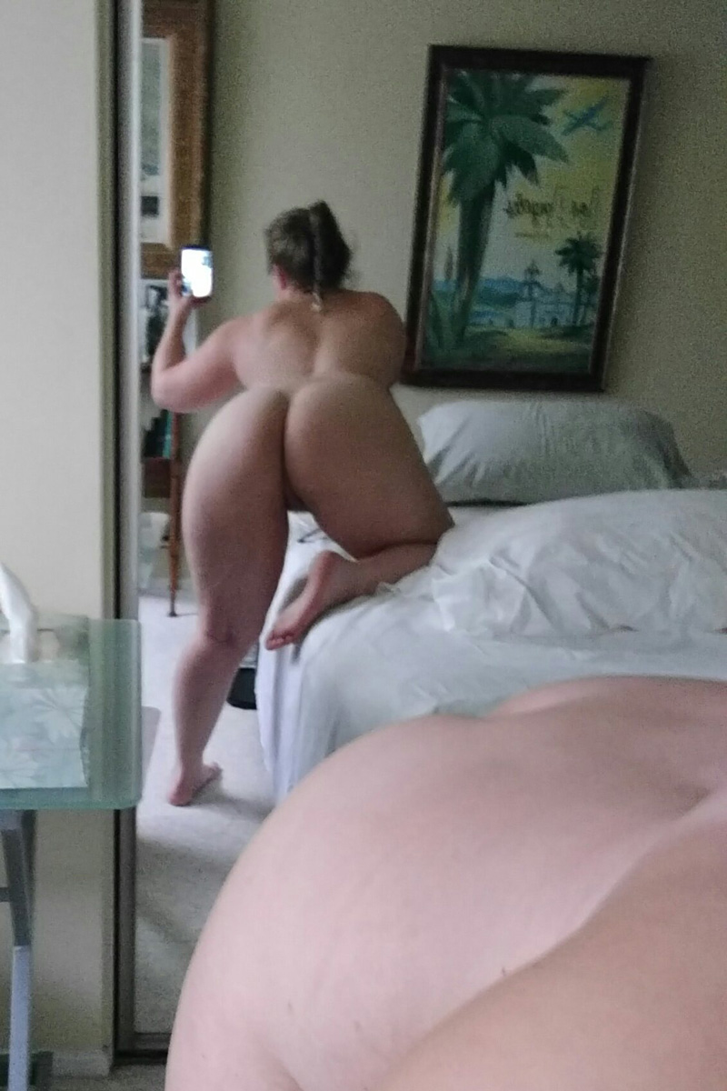 pawg white girl ass selfie Thick