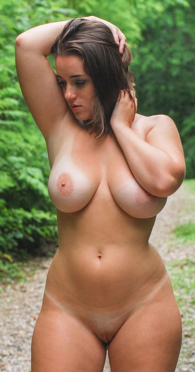 Голые большие женщины фото