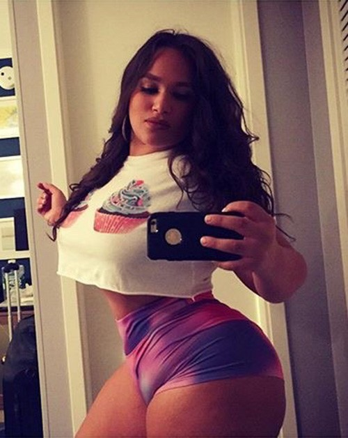 Sexy Selfies – Part 34