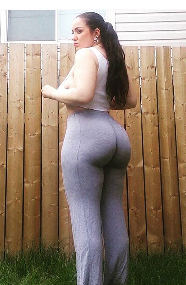 Thick White Girl Big Tits