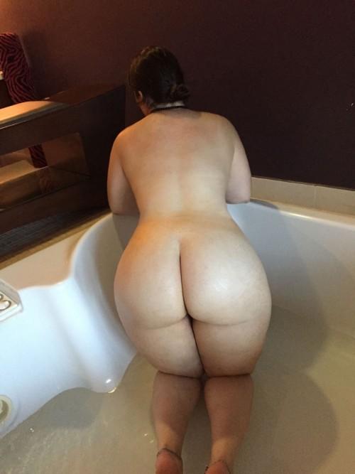 Thick ass milf porn