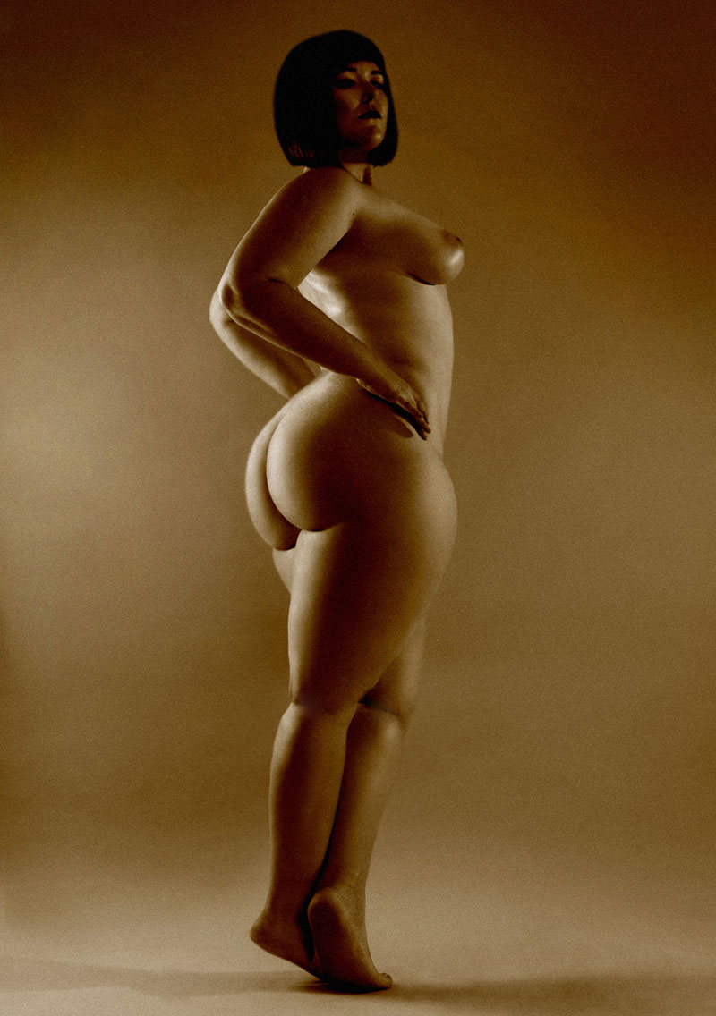 super thick women nude