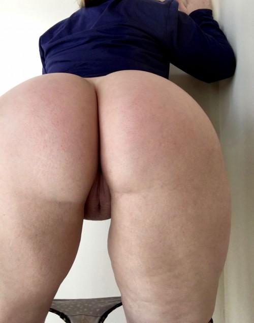 big-butt-big-tit-reddit-girl-1