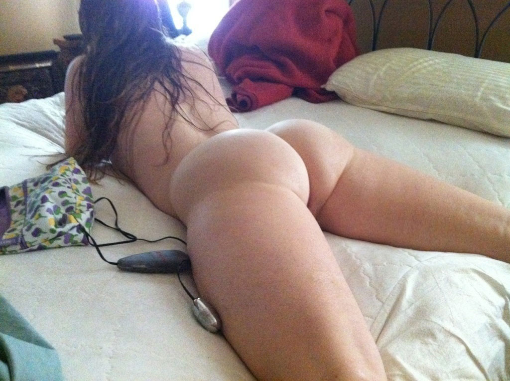 Big Booties In Bed  Part 13-1034