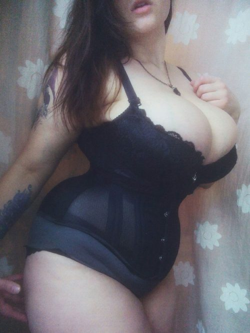 full-figured-tumblr-girl-4