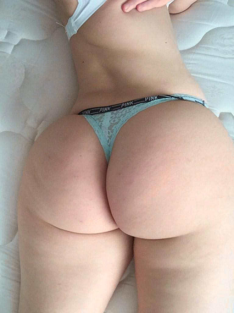 Girls With Sexy Thongs