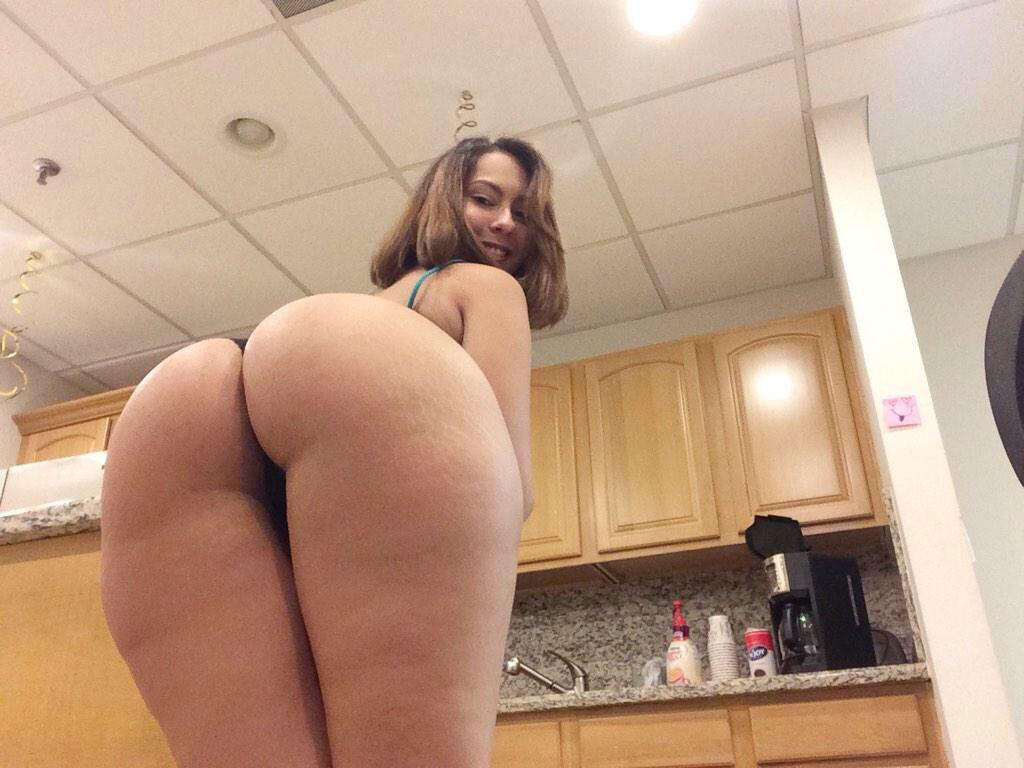 Big Booties In The Kitchen  Part 6-1916