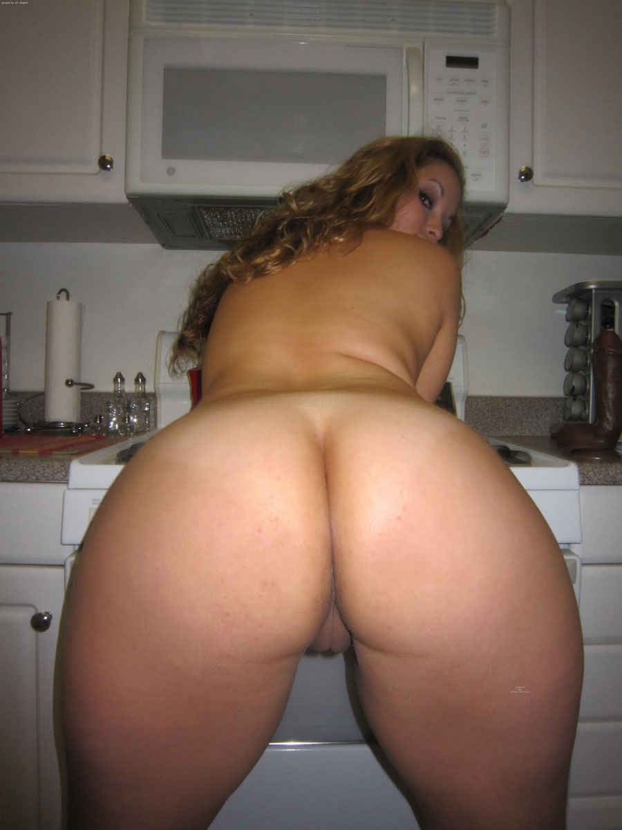 Really BIG BOOTY AND BIG BOOBS SEXY XXX milf